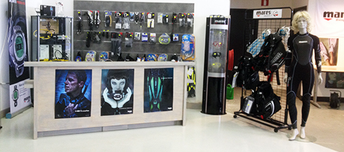 66854cd610227a Let op: de Dive4all showroom is alleen op afspraak te bezoeken. Telefoon:  030 72.71.749 of e-mail naar info@dive4all.nl.